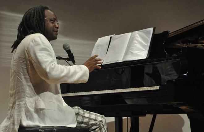 Gerardo Alfonso al piano
